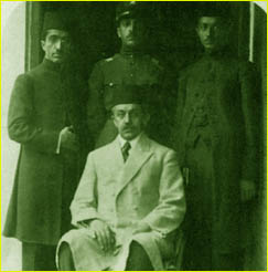 Sadeq Hedayat with his brothers  & his father